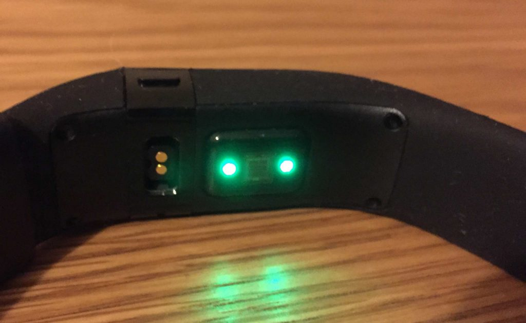Fitbit Charge HR Green Heart Rate Light